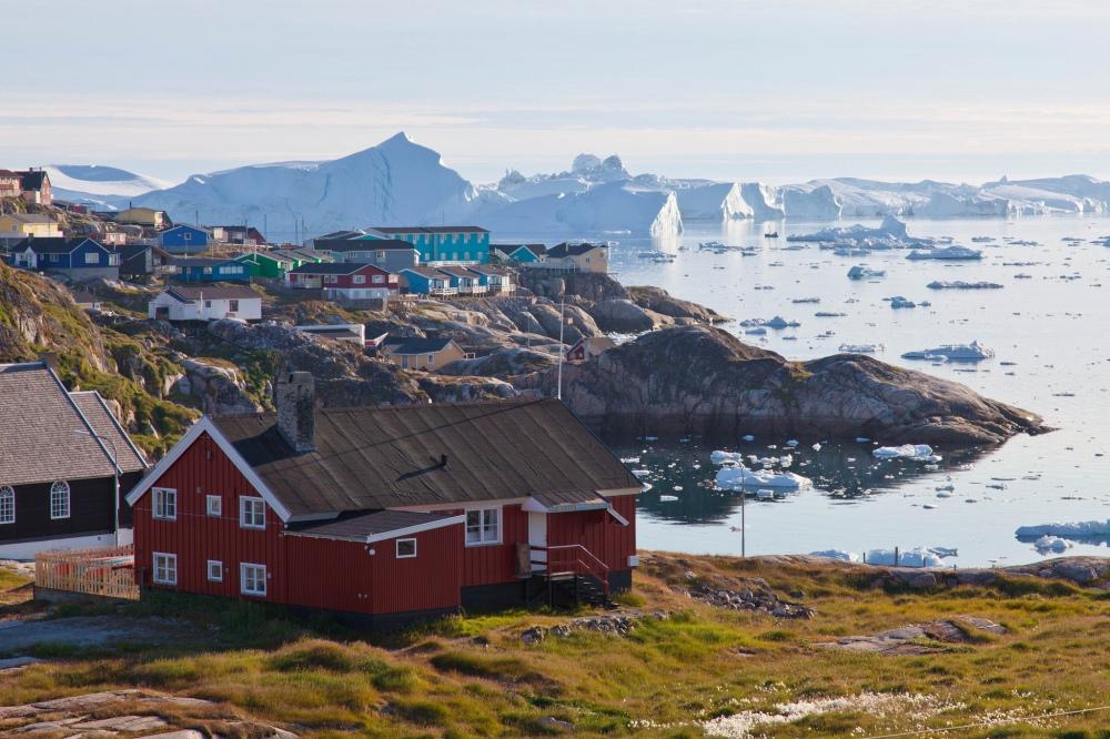 AWOLWITHALICE.Greenland.Ilulissat.GuidoAppenzeller